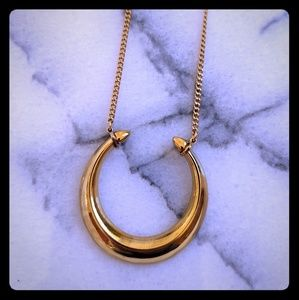 "Stella & Dot necklace ""Double Horn"""